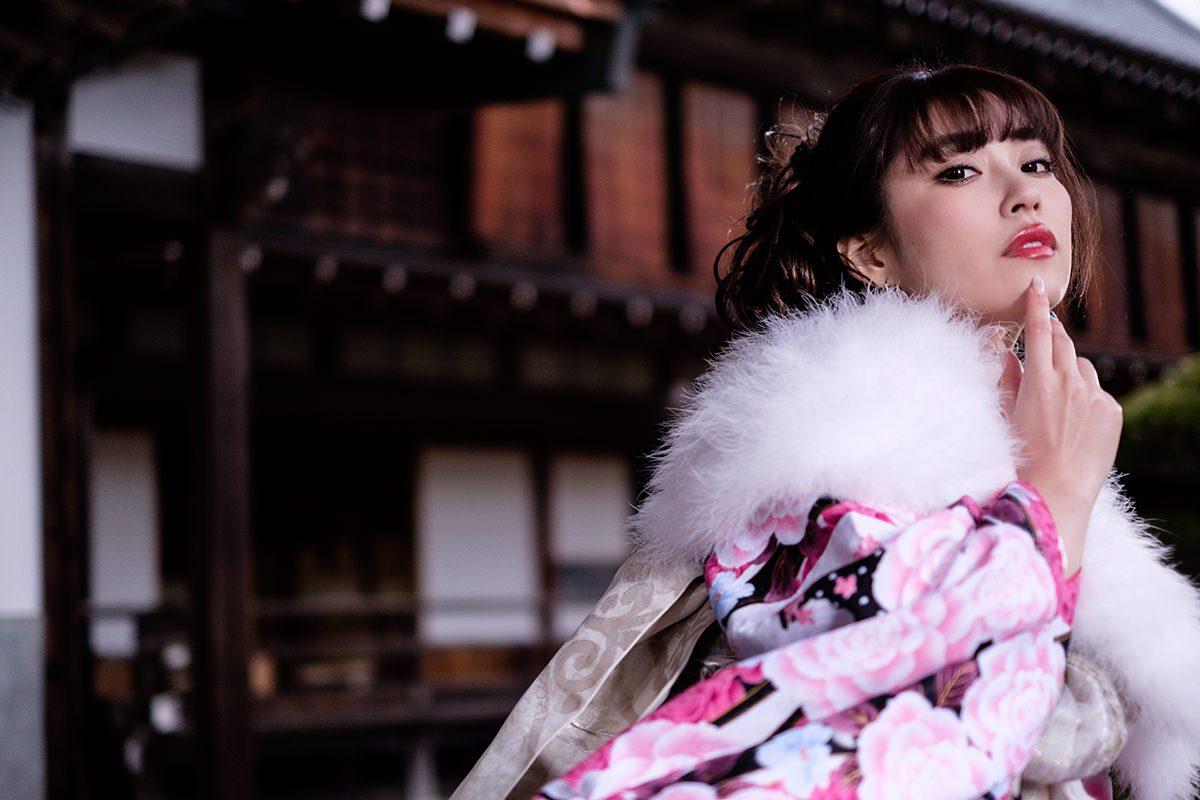 『松の内・日高参詣』 清水彩香 Part-II